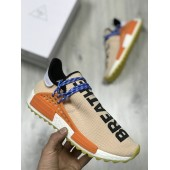 Adidas NMD Human Race Pharrell Williams светлый беж
